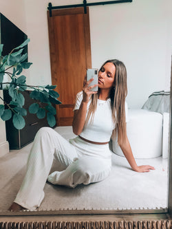 White Madyson Lounge Set