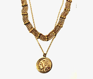 ✨gold coin necklace✨