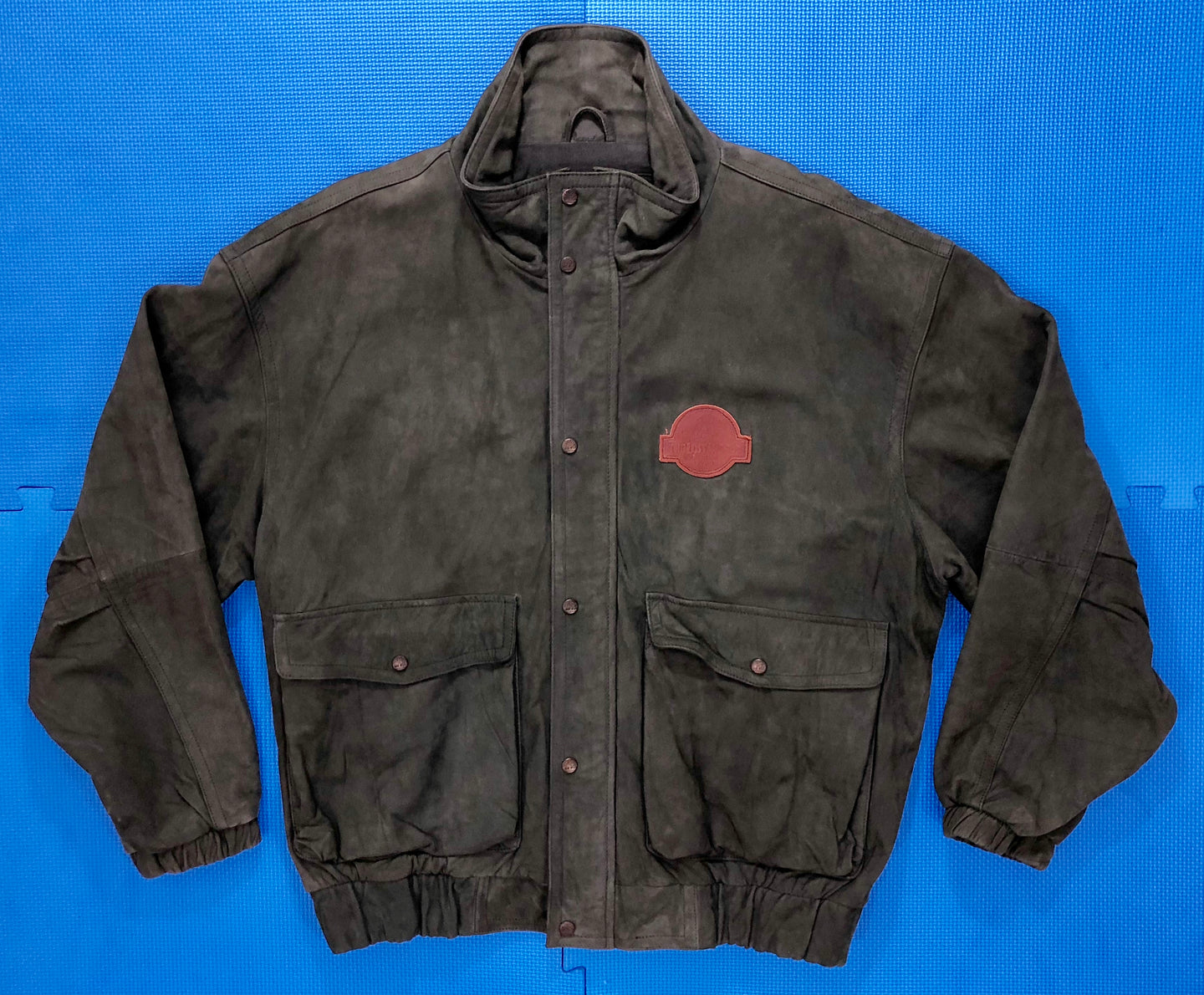 Vintage The Lost World: Jurassic Park Cast & Crew Jacket by Timberland