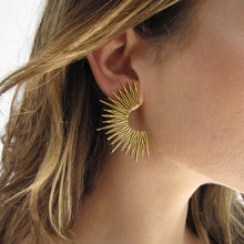 Load image into Gallery viewer, Radiant Sun Earrings