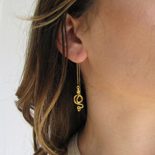 Load image into Gallery viewer, Snake Ear Threader Earrings