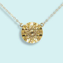Load image into Gallery viewer, Sun Facets Necklace