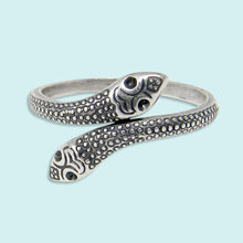 Load image into Gallery viewer, Silver Snake Ring