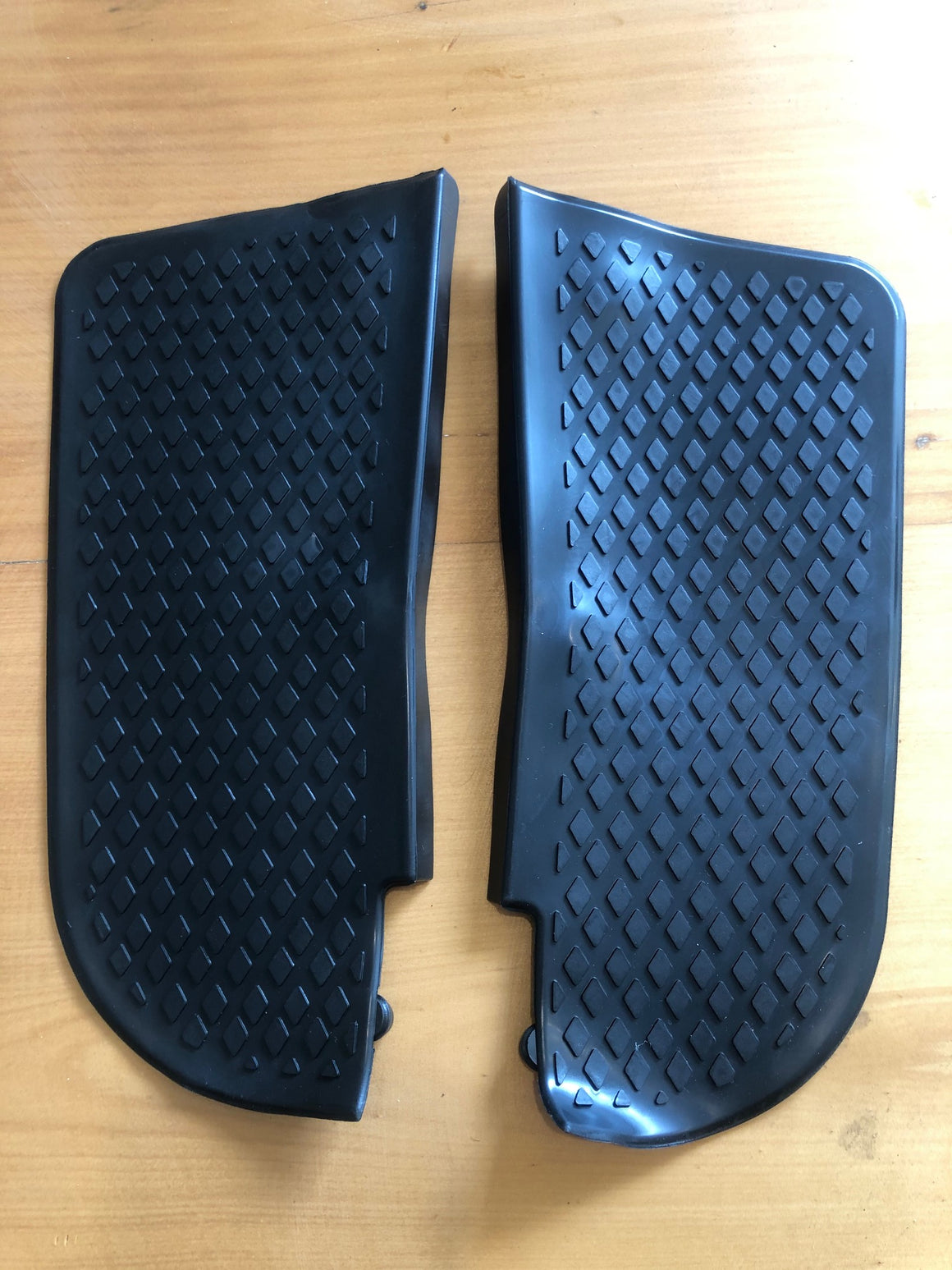 Bay window front bumper step rubber 1973-79 (pair)