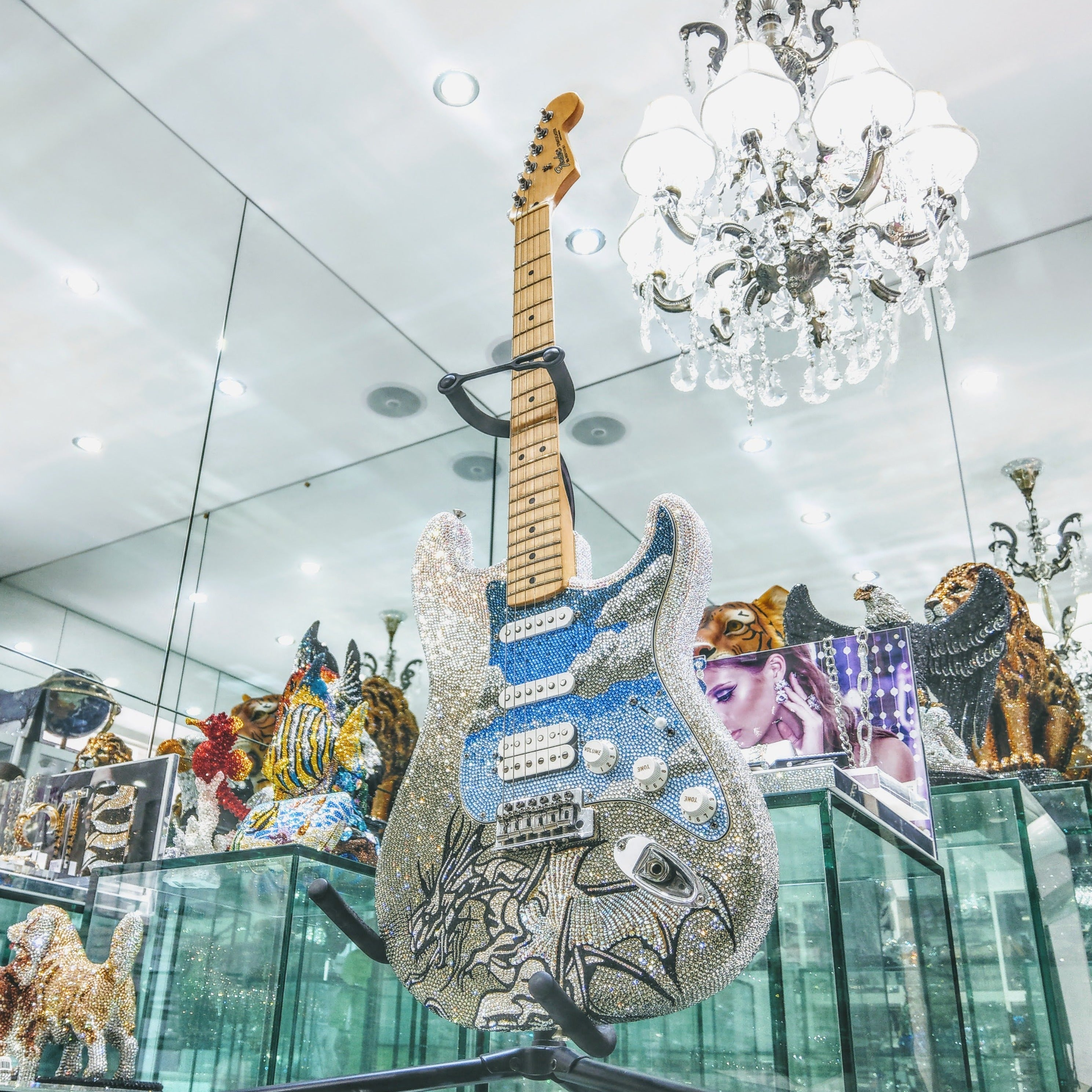 FENDER ELECTRIC GUITAR - POPUP SALE - Jimmy Crystal New York