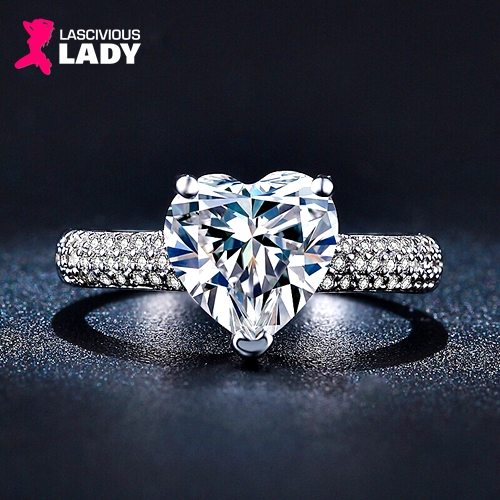 Sparkly Big Heart Cubic Zirconia Ring - Lascivious Lady Online Store
