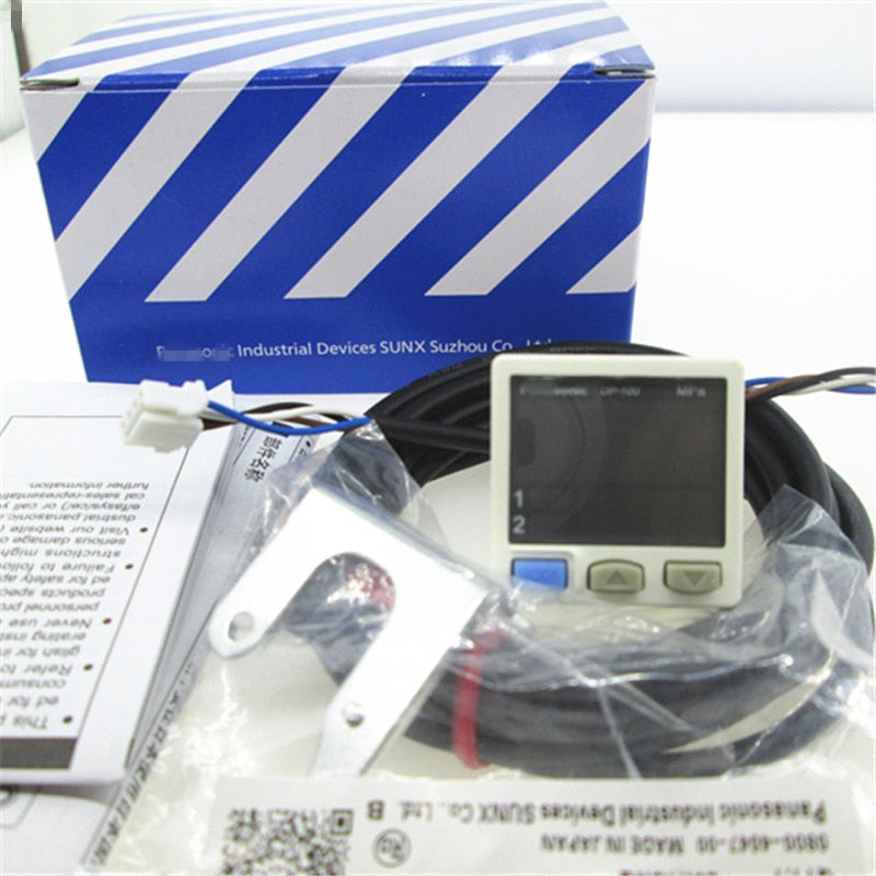 NEW DP-102 Digital  pressure sensor DP102  Vacuum negative digital display pressure sensor