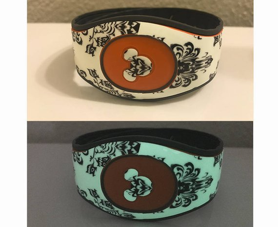 White Haunted Mansion Glow in the Dark Decal for MagicBand 2