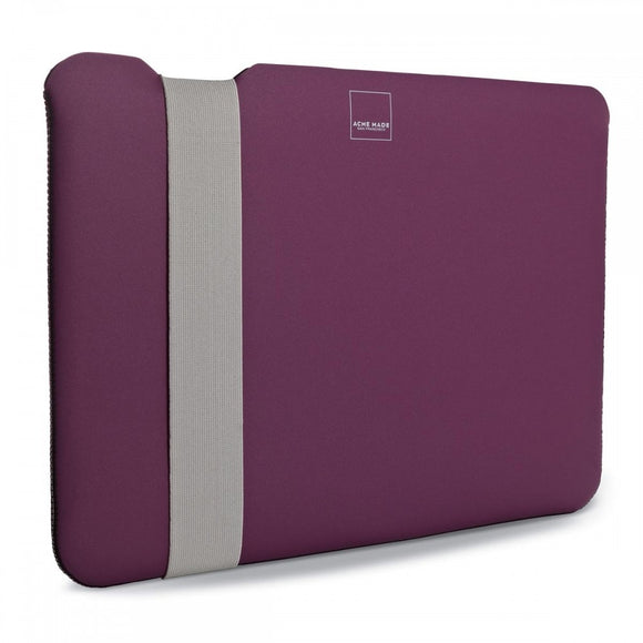 11-inch-macbook-air-skinny-sleeve-cover_RJEAAZVWBS5J.jpg