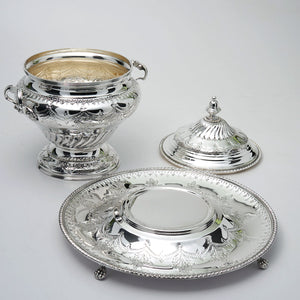 Topazio Silver Plated Soup Tureen with tray and cover.