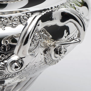Topazio Soup Tureen Handle Detail