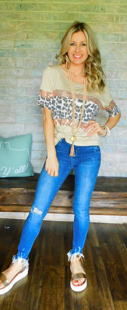 Taupe Show me your style leopard sequin tee