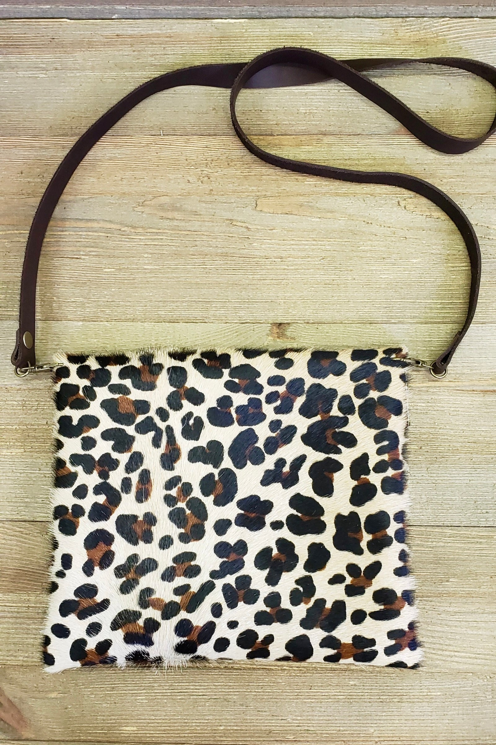 Simply chic Leopard hair on hide purse