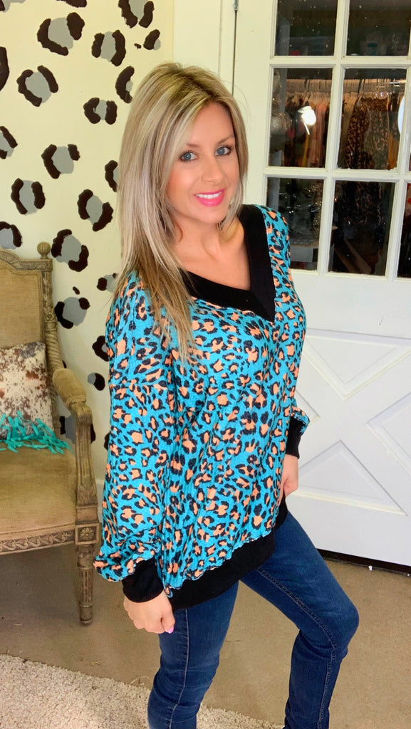 Teal leopard V neck knit long sleeve