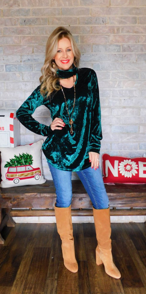 Fill my heart Velvet Keyhole long sleeve ~ Hunter green