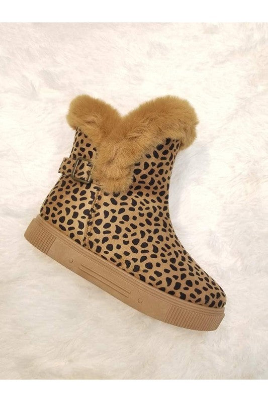 Cheetah Fuzzy Booties