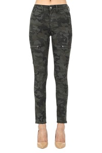 Camo obsessed Skinnies by Kan Kan