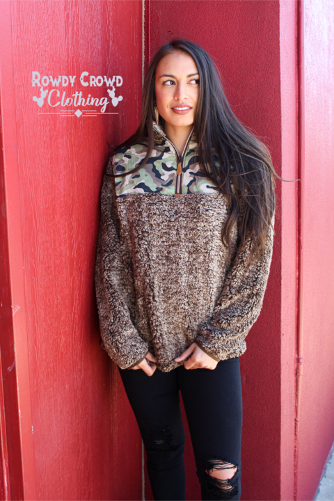Rowdy Crowd Camo & brown sherpa pull over