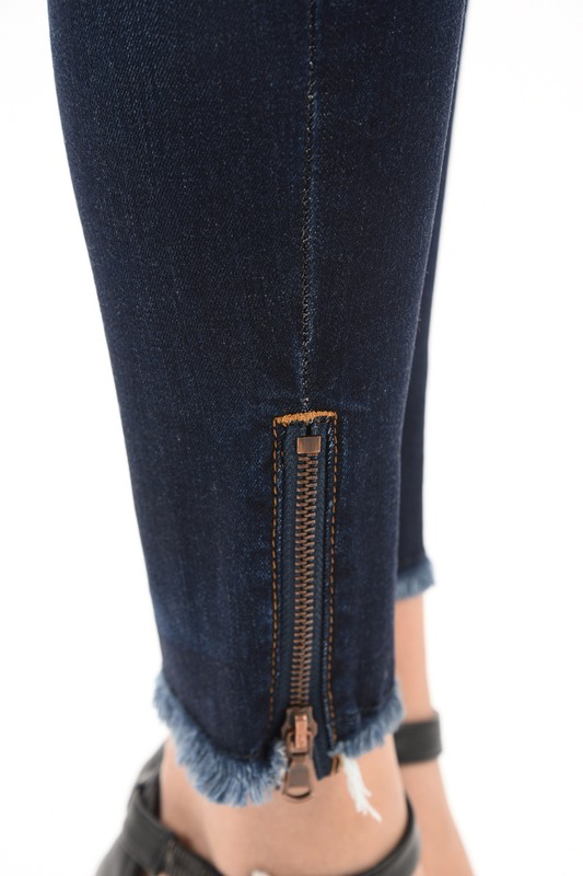 Chic Zippy fringed Kan Kan Denim skinnies