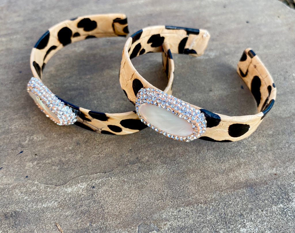 Light cheetah Pearl pave cuff