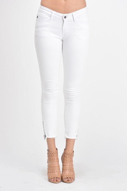 Ivory Southern Dreams Ankle Zip Skinnies by Kancan