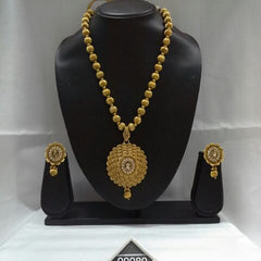 heavy necklace set