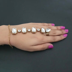 JewelMaze Gold Plated Glass Stone Chain Hand Harness