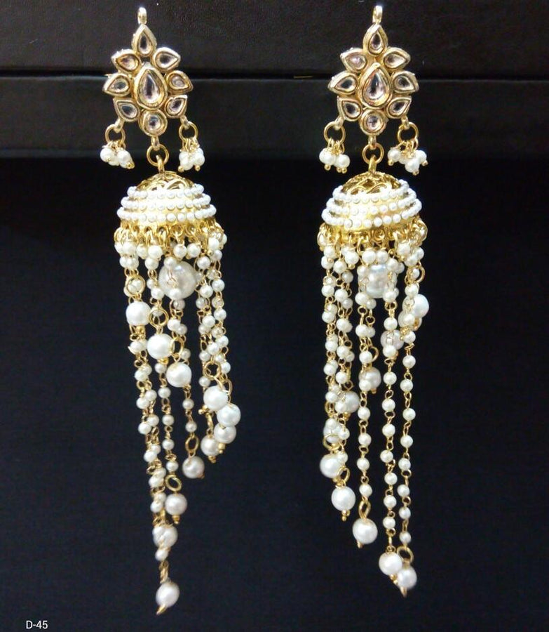 Designer Beads Drop Earings with Pearls