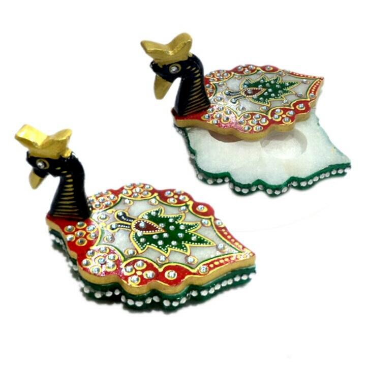 Hand Crafted and Painted Badak Chopra with Detailing and Intricate Design