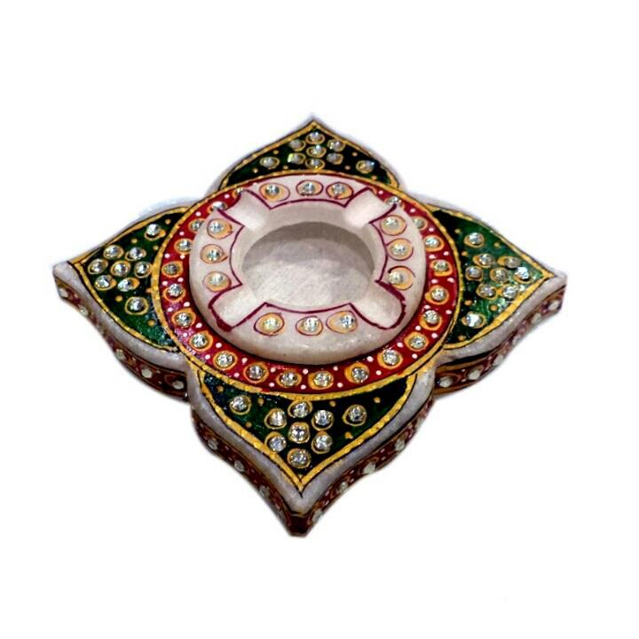 Ethnic Showpiece Ash Tray