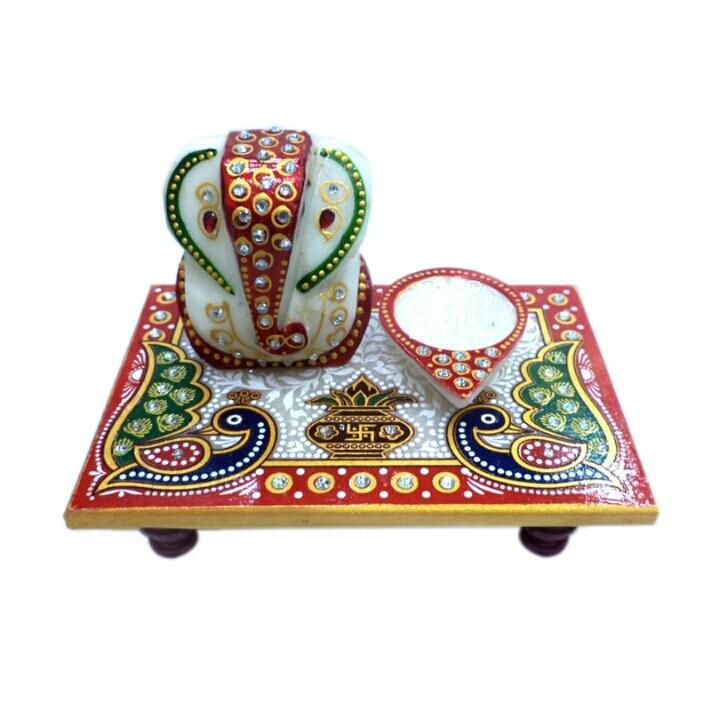 GANESH DIYA PATTAHANDCRAFTED GANESH DIYA PATTA WITH MEENAKARI DESIGN