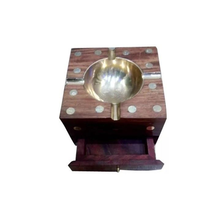 Desi Karigar Wooden Premium Quality Antique Ashtray With Cig. Case