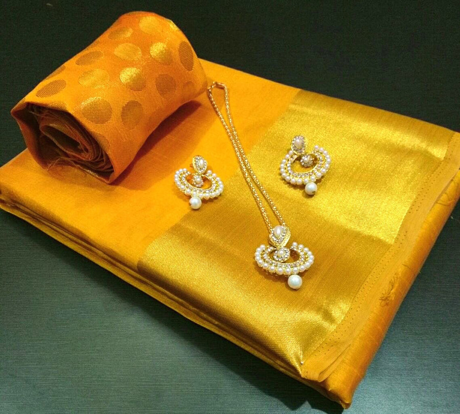 Saree With Designer Jewellery