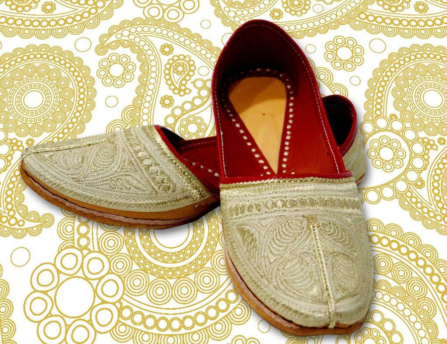 Beige Emdroidery Jutti for Men