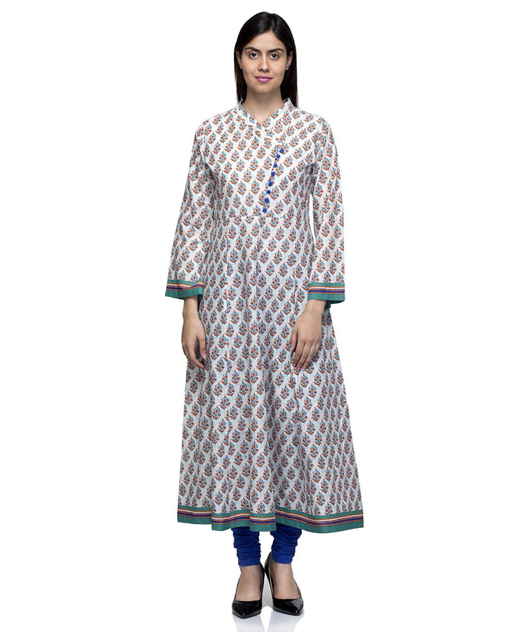 Laabha Women White Cotton Digitel Flower Printed  Anarkali Kurti