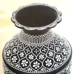 Flower vase tarkashi work