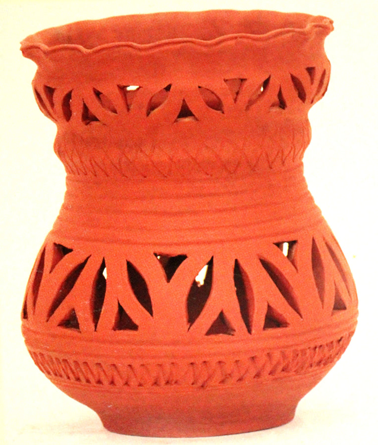 Pot with cutwork