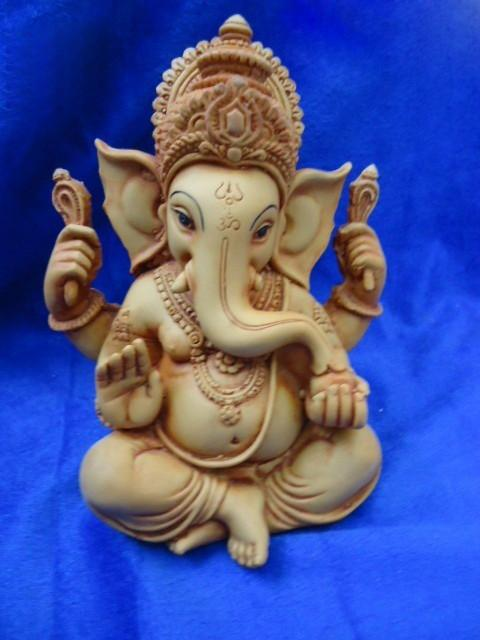 Ganesh Idol 6inch 800gm