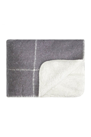 Sherpa grid blanket - frost grey with cream grid pattern