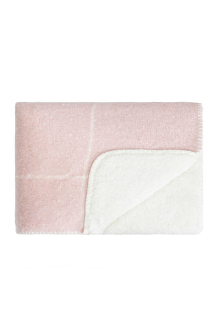 Sherpa grid blanket - pink with cream grid pattern