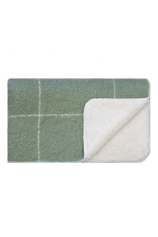 Sherpa grid blanket - Loden green with cream grid pattern