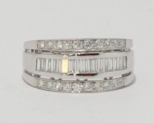 9ct White gold Baguette & Round Diamond Dress Ring