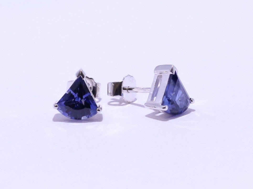 925 Synthetic Sapphire 8x8mm Fan-cut 3-claw set Stud Earrings