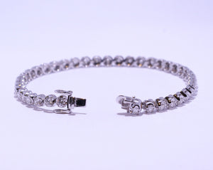 18ct White Gold Round Brilliant cut 4ct Diamond Tennis Bracelet