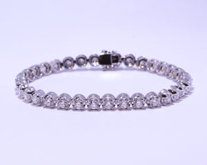 18ct White Gold Round Brilliant cut 5.5ct Diamond Tennis Bracelet