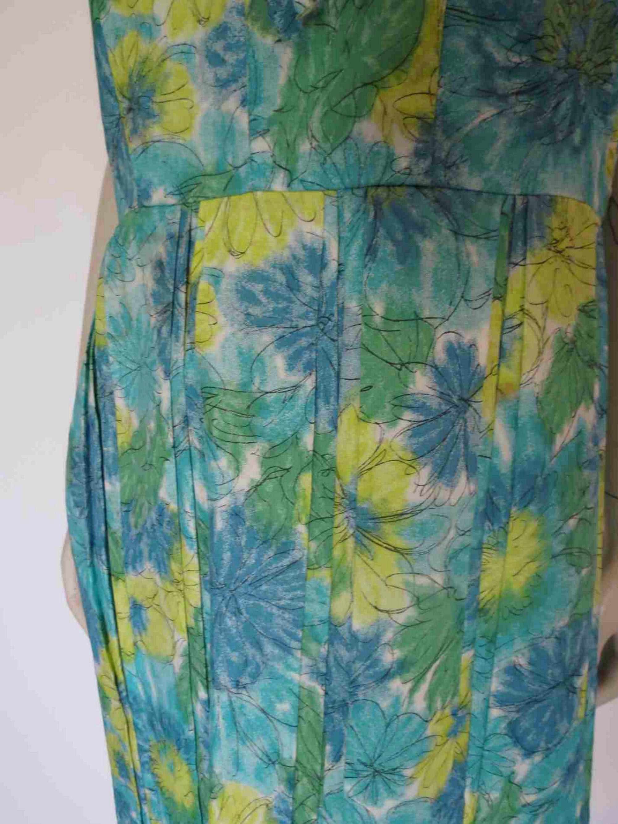 1960s Blue Floral Dress With Double Pleated Skirt - Bust 96-99 cm