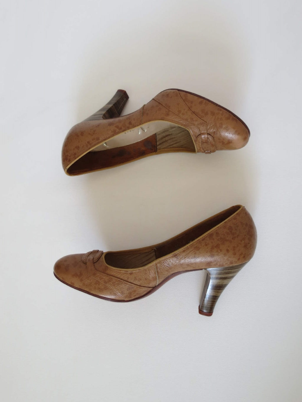 1950s vintage shoes brown leather high heels pumps henry of melbourne
