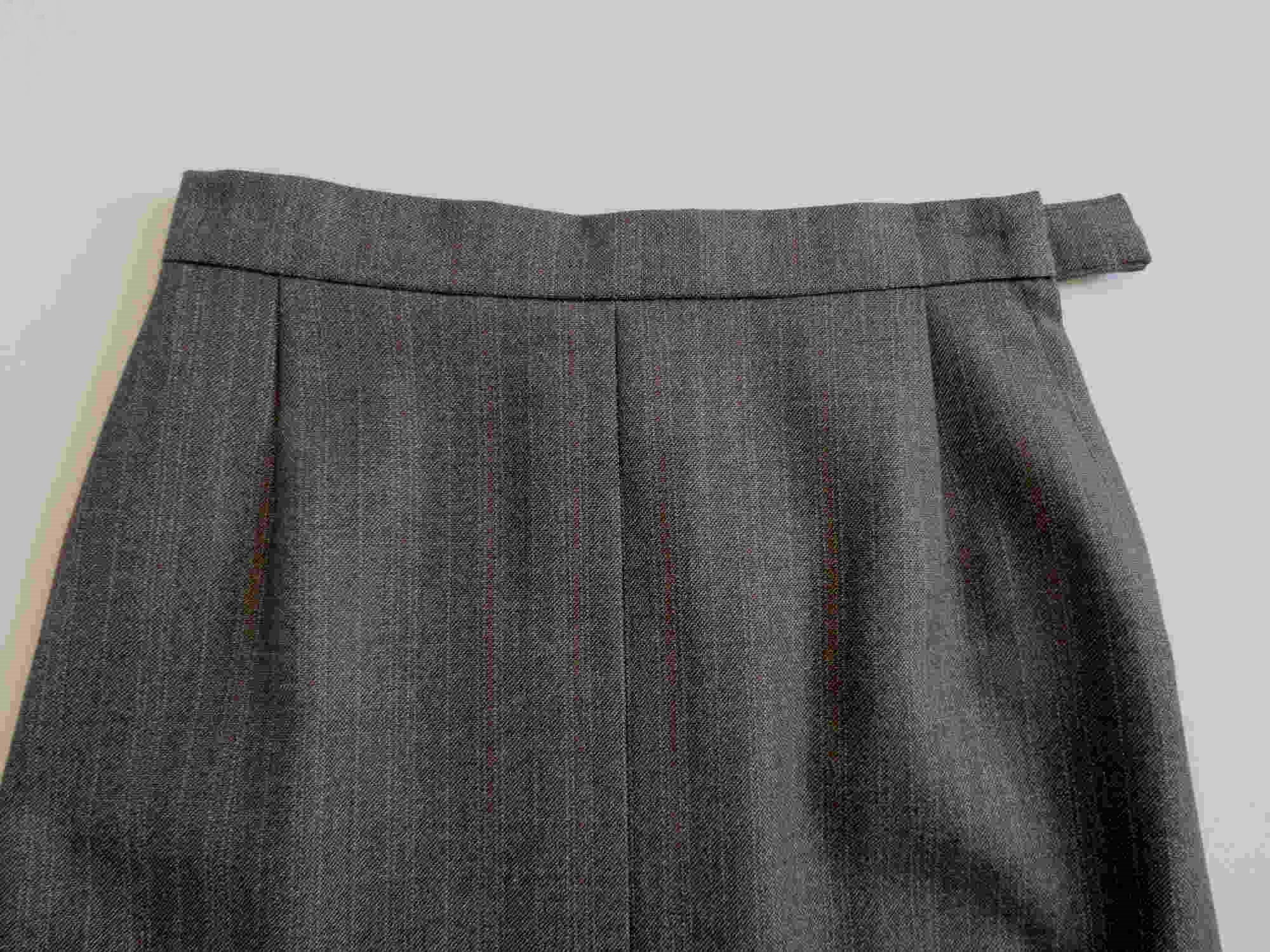 1970s vintage grey taupe wool skirt with inverted pleats
