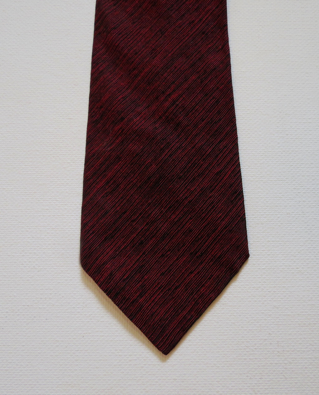 vintage 1960s burgundy wine color skinny tie tricel acetate