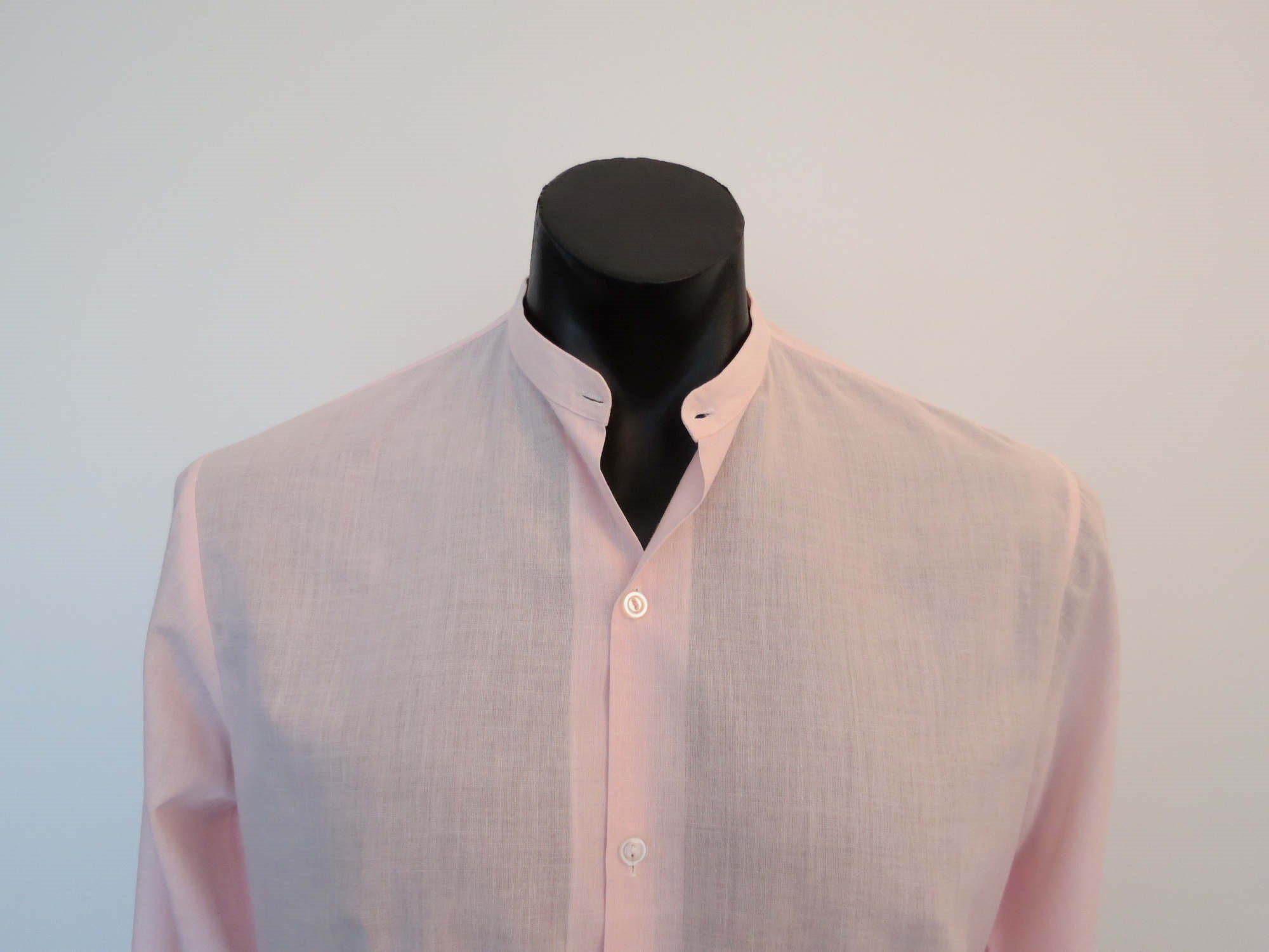 1970s vintage pink dress shirt with detachable wing tip collar